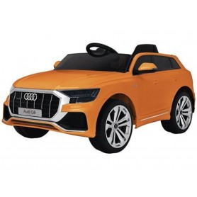 RECHARGEABLE CAR W/ RC,LICENSED AUDI Q8